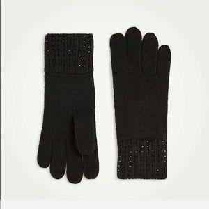 Ann Taylor embellished knit gloves